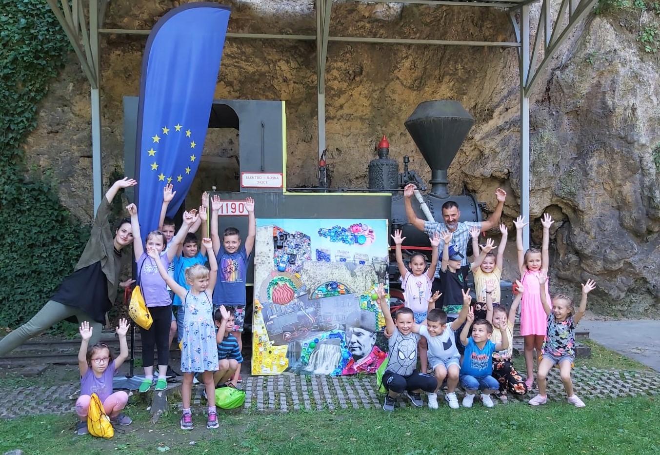 You are currently viewing Kreativna reciklaža sa jajačkim mališanima