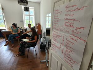 """Read more about the article Seminar of the project """"Stronger together: Youth voices for a more resilient BiH"""" was held"""